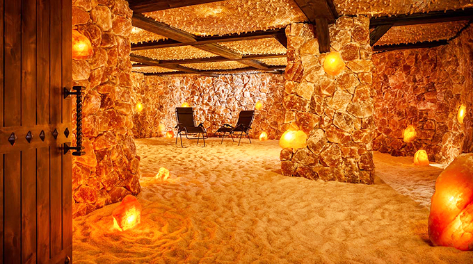 A lounge area at the Spa at Salt Caves | Photo by Cicero Photography
