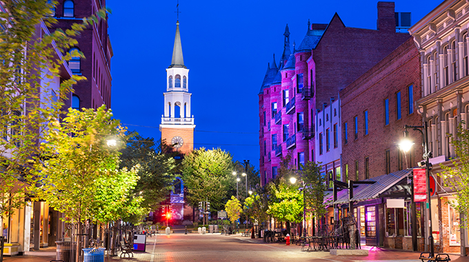 In Burlington, Vermont, the Church Street Marketplace offers myriad shopping options. | Photo by SeanPavonePhoto/stock.adobe.com