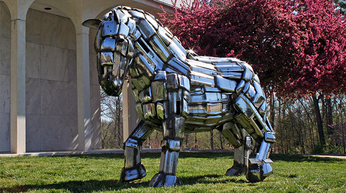 "A draft horse sculpted from old car bumpers, John Kearney's ""Kimball"" is a symbol of the strength and courage of the early settlers of Illinois. 