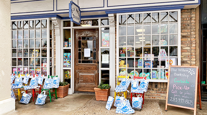 exterior of Blue Willow Bookshop