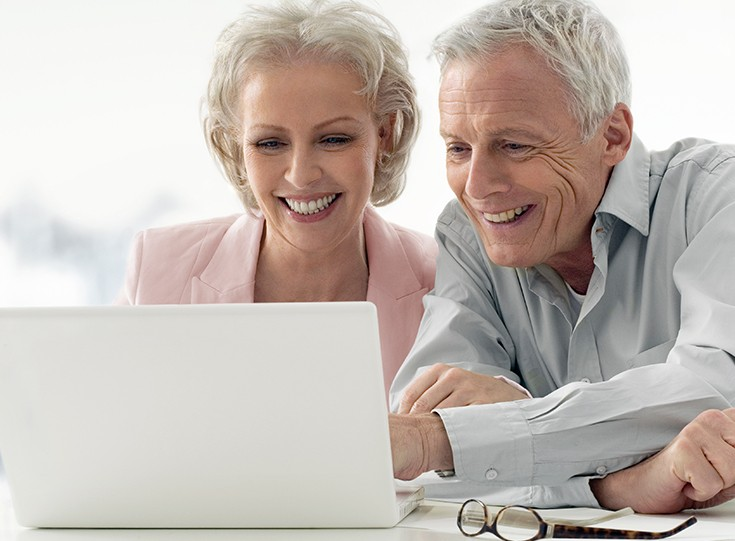 Retired couple and computer